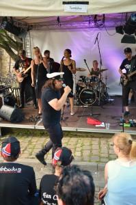 HI-Wall_Capt'n und Band